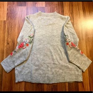 Umgee Sweaters - Umgee floral sweater - small